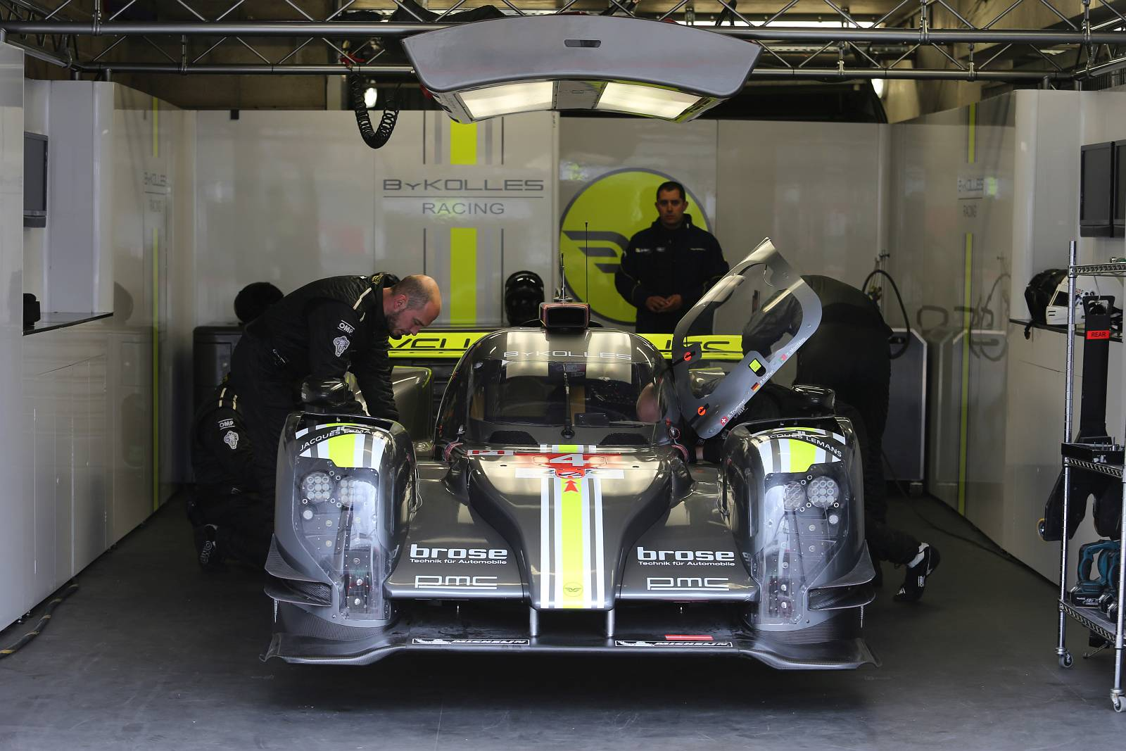 byKOLLES-racing-WEC-le-mans-2015-004