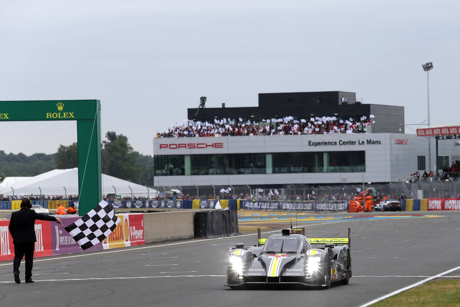 byKOLLES-racing-WEC-le-mans-2015-050